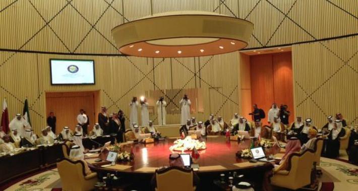 وزير الخارجية الكويتي يبلغ نظراءه في مجلس التعاون برغبة ايران في استباب الامن والاستقرار في المنطقة