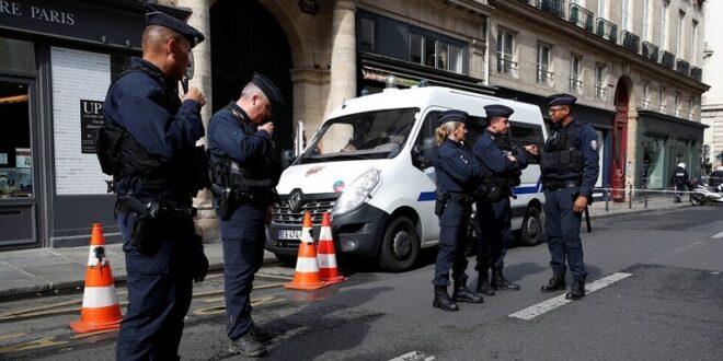 مصرع 4 أشخاص في هجوم على مركز شرطة في باريس