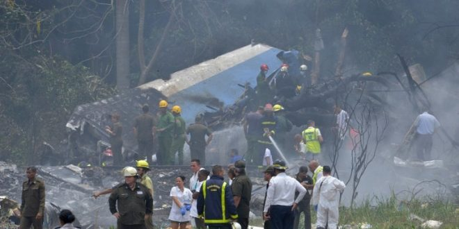 """تحطم طائرة كوبية بعد اقلاعها من  """" مطار خوسية """" في """" هافانا """" ومصرع أكثر من 100 شخص"""