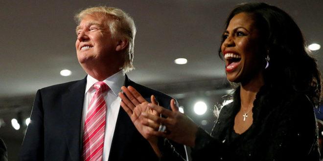 """الرئيس ترامب يصف مستشارة سابقة له ب """"الكلبة """" و """" المسعورة """" و """" المنحطة """" وادانات واسعة له"""