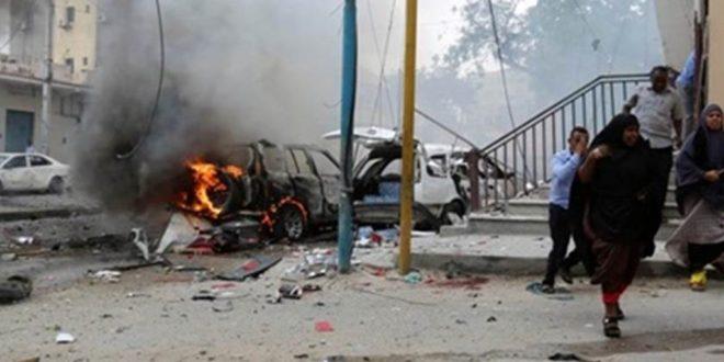 """مقتل 30 شخصا وأصابة العشرات بجروح في تفجيرات استهدفت الجمعة """" فندق الصحفي """" في مقاديشو"""