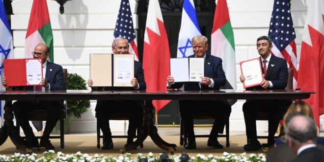 الواشنطن بوست : اسرائيل الرابح الوحيد من اتفاقيات الخيانة التي ابرمتها الامارات والبحرين معها والسعودية يتراجع دورها