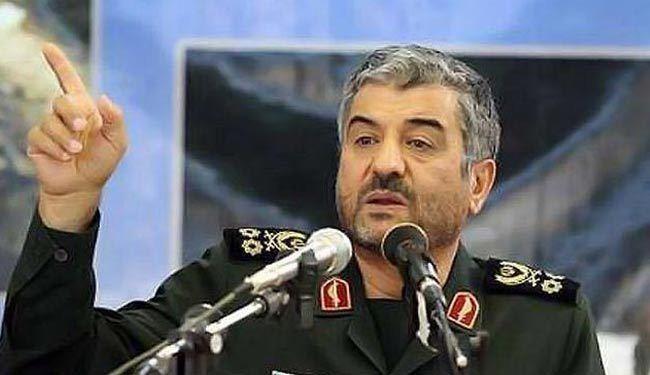 قائد حرس الثورة الاسلامية : الاعداء يستخدمون الجماعات الارهابية لاثارة الخلافات بين السنة والشيعة والنصر سيكون بتحرير فلسطين