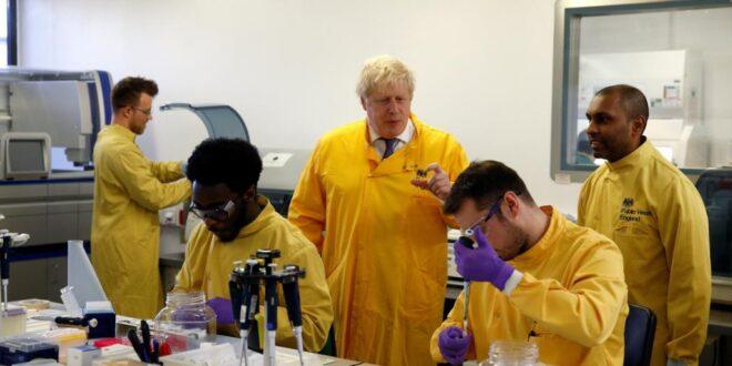 رئيس الوزراء البريطاني جونسون في العناية المشددة بعد تدهور حالته الصحية اثر إصابته بكورونا