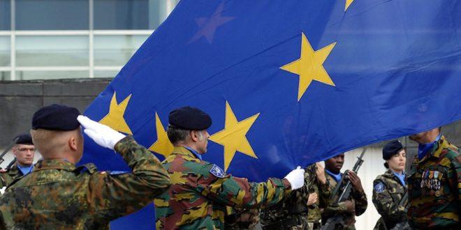 """رزير الدفاع الامريكي """" ماتيس """" يعارض دعوة فرنسا والمانيا لتشكيل جيش اوروبي مؤكدا ان """" الناتو """" حجر الزاوية في حماية اوروبا"""