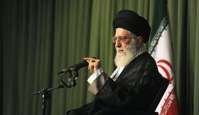 قائد الثورة الاسلامية اية الله الخامنئي يدين الاساءة الفرنسية للرسول الاعظم ص ويدين تاييد ماكرون لها