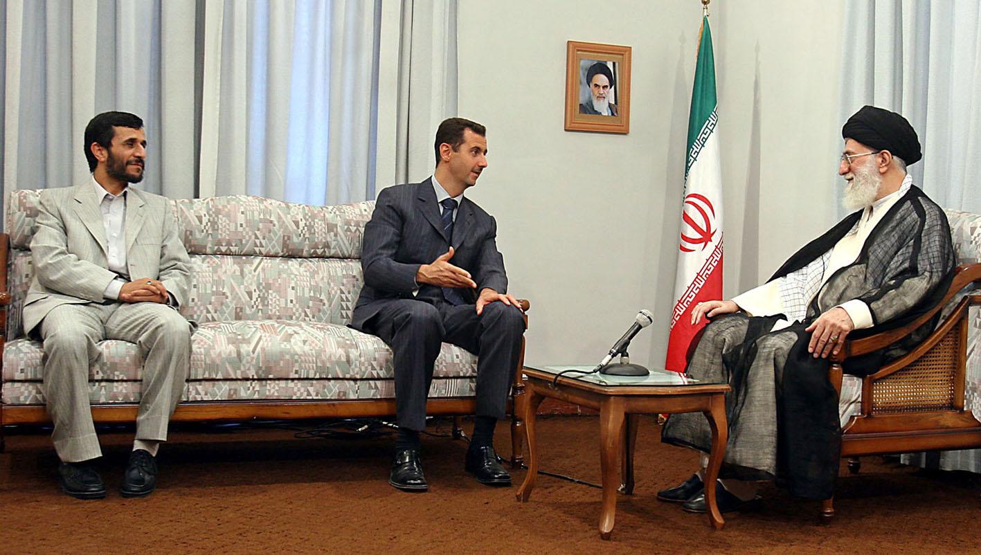 الخامنئي مستقبلا الرئيس الاسد : الظروف في المنطقة تسير لمصلحة نهج المقاومة