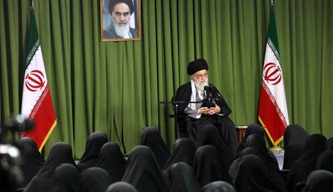 قائد الثورة الاسلامية اية الله الخامنئي : ايران باتت اقوى وتم احباط مخططات امريكا