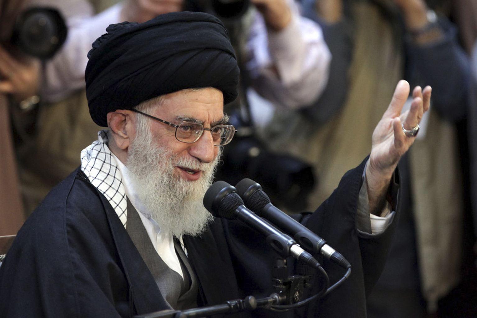 اية الله خامنئي : اميركا فشلت في تحقيق اهدافها في ايران والمنطقة واوروبا