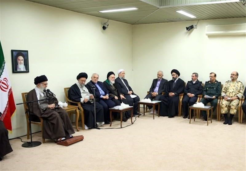 اية الله خامنئي : التعاون والتعايش بين الشيعة والسنة في ايران اهم سلاح في وجه الاعداء