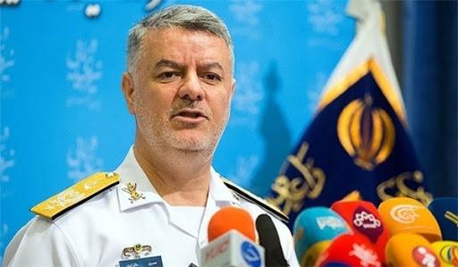 قائد القوات البحرية الإيرانية :  الأسطول الأمريكي الإرهابي يخضع لمراقبة إيرانية دقيقة
