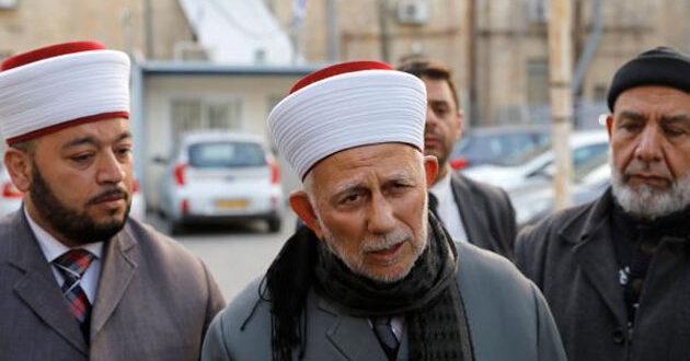 رئيس مجلس الأوقاف الإسلامية في القدس المحتلة يدين ويستنكر استقبال ولي العهد السعودي بن سلمان لنتنياهو