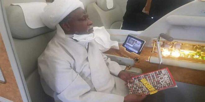 طائرة العلامة الزكزاكي تعود الى نيجيريا بعد رفضه تلقي العلاج في الهند بعد تقديم السلطات النيجيرية معلومات خاطئة عن وضعة الضحي