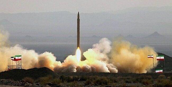 حرس الثورة الاسلامية يكشف عن اجراء تجربة ناجحة لاطلاق صاروخ جديد دون ان يكشف عن اية تفصيلات بمداه وزنته