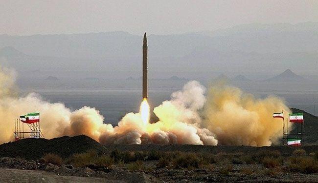 """ايران تزيح الستار عن صاروخ """" سومار """" الباليستي وهو ذو قوة تدميرية عالية ودقة بالغة في اصابة الاهداف"""
