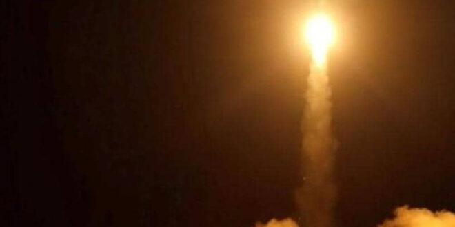 القوة الصاروخية للجيش اليمني واللجان الشعبية تستهدف العاصمة السعودية بصاروخيين باليستيين وصاروخ ثالث يستهدف جازان