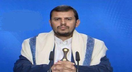 """الحوثي يهاجم السعودية والامارات ويصفها بانها تعيش """" حالة غباء """" داعيا الى تكثيف الجهود لمواجهة العدوان"""