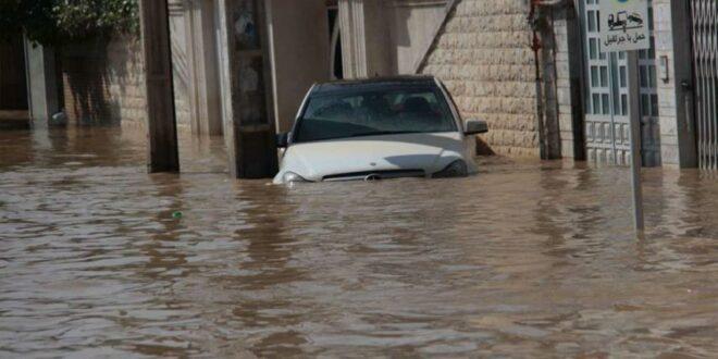 مصرع 17 شخصا واصابة 74 آخرين في السيول الجارفة المفاجئة التي حدثت في مدينة شيراز