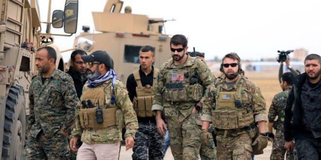 """لافروف يحذر : هدف الولايات المتحدة هو تقسيم سوريا وإقامة """" دويلة """" على الضفة الشرقية للفرات"""