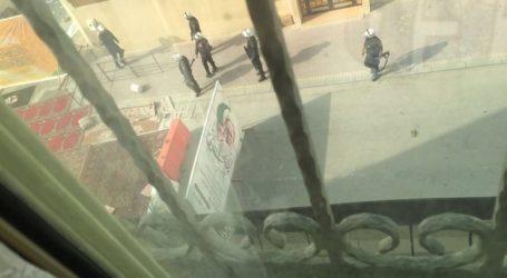 البحرين – قوات النظام تقتحم جموع المعتصمين في الدراز وتفرض طوقا مسلحا حول منزل اية الله قاسم وسقوط شهداء وجرحى