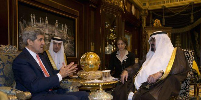 جون كيري يكشف عن طلب  قدمه الملك السعودي عبد الله بن عبد العزيز اليه لقصف ايران بالقنابل النووية