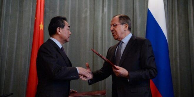 وزير الخارجية الصيني لنظيره الروسي : الولايات المتحدة فقدت عقلها  والاخلاق وغير جديرة بالثقة