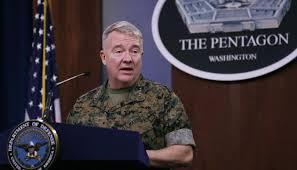 الجنرال ماكينزي بعد لقائه الكاظمي : ان الرجل يسير في حقل الغام والعراقيون ليست لديهم رغبة عاجلة لخروج القوات الامريكية