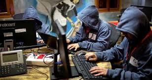 موظف في المخابرات الفرنسية يرسل مسجا بالخطأ ادي الى افساد عملية امنية واسعة ضد احد الارهابيين