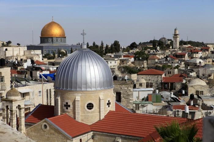 حماس :  لا انتخابات بدون القدس وسنخوض المعركة لإجراء الانتخابات هناك