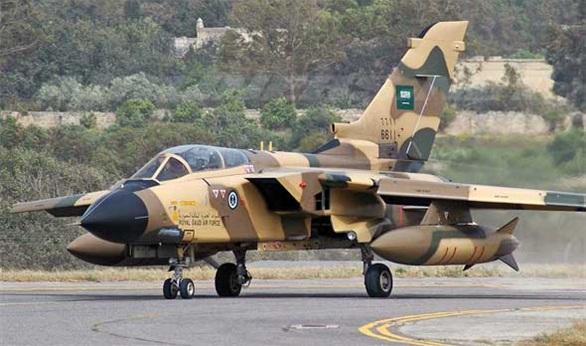 رئيس لجنة الامن والدفاع النيابية الزاملي يؤكد وجود اتصالات بين طيارين سعوديين وقطريين مع داعش في العراق