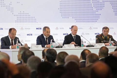 مؤتمر موسكو وزير الدفاع والخارجية