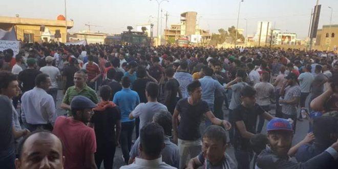 استشهاد مواطن واصابة اخرين في عملية اطلاق القوات الامنية الرصاص على متظاهرين ومحتجين في ميسان