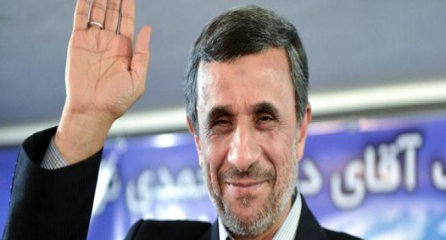 الرئيس الايراني السابق نجاد يعلن ترشحه للانتخابات الرئاسية