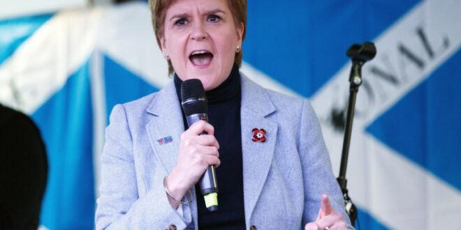 رئيسة وزراء اسكتلندا : رئيس الوزراء البريطاني جونسون يخاف من الديمقراطية عندما يتعلق الأمر باستفتاء الاستقلال الاسكتلندي عن لندن