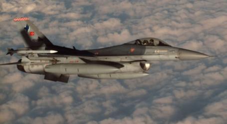 طائرات تركية تقصف مواقع لمتمردين اكراد من عناصر البككه في جبال اسوس في السليمانية
