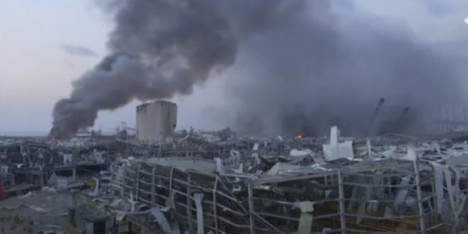 """مجلس الدفاع الأعلى في لبنان يعلن """" بيروت مدينة منكوبة """" والدعوة لإعلان حالة الطوارىء بعد الانفجار الصخم في مينائها"""