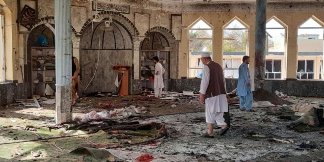 64 شهيدا وعشرات الجرحى في ثلاثة تفجيرات ارهابية استهدفت المصلين الشيعة في ولاية قندهار الافغانية