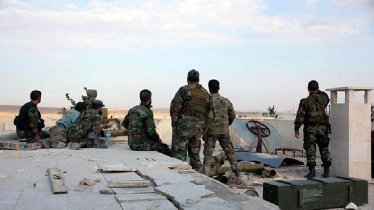 الجيش السوري يعيد فتح طريق حلب – خناصر بعد طرد عناصر داعش الوهابي من محيطه
