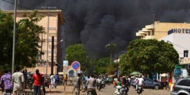 هجوم على مسجد في بوركينا فاسو يسفر عن استشهاد  16 شخصًا وإصابة العشرات.